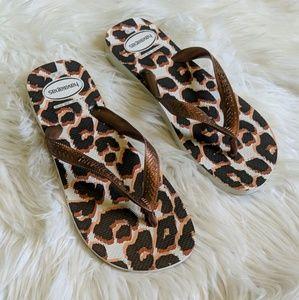 Havaianas cheetah printed flip flops